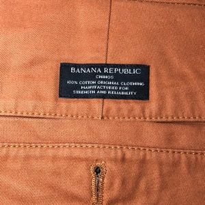 Banana Republic Chinos in 32/33.